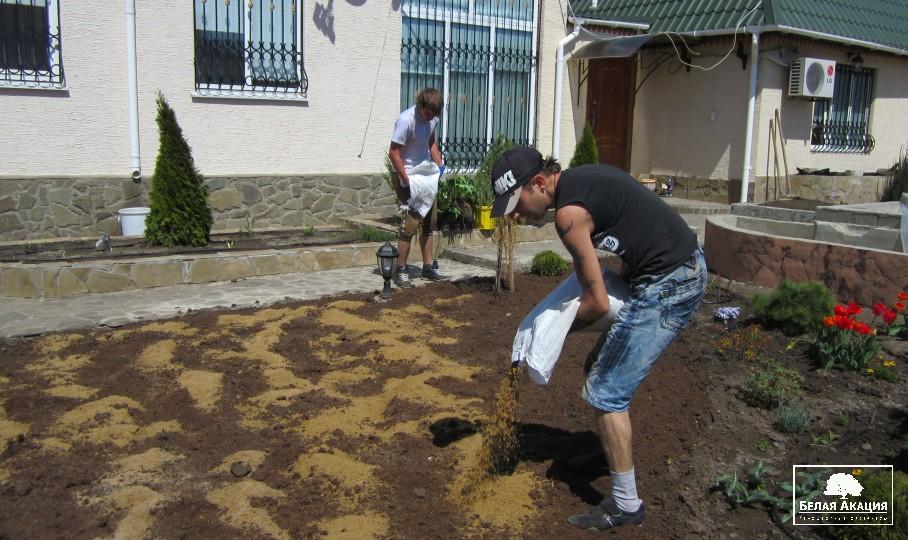 Выравнивание участка песком своими руками 85